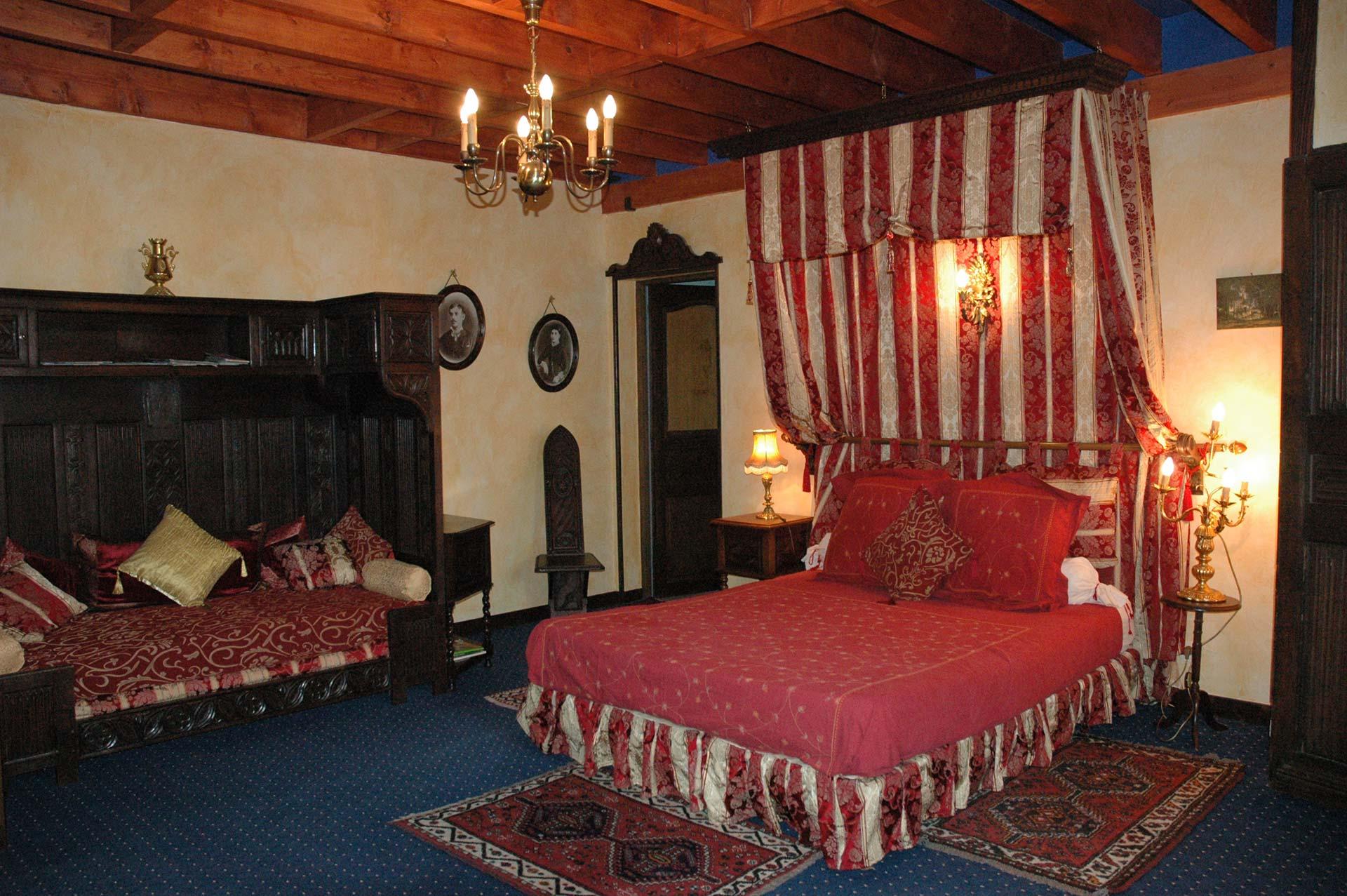 manoir room chambres d 39 h tes les m tamorphozes. Black Bedroom Furniture Sets. Home Design Ideas